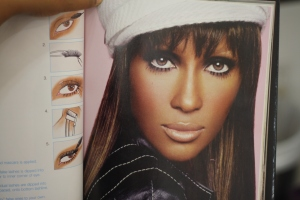Look to Copy: Iman and her false lashes